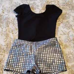 Girls 6-7 leotard and shorts